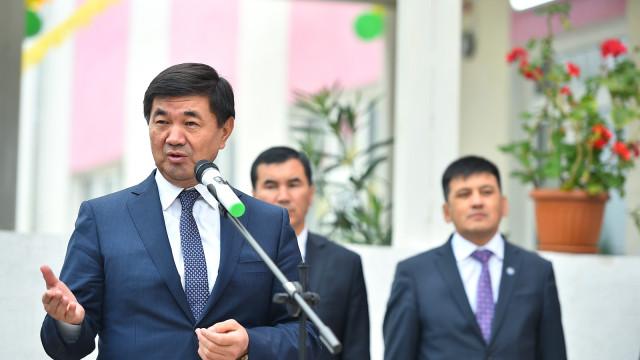 ФОТОРЕПОРТАЖ – Премьер-министр Мухаммедкалый Абылгазиевдин Ош жана Баткен облустарына жумушчу сапары