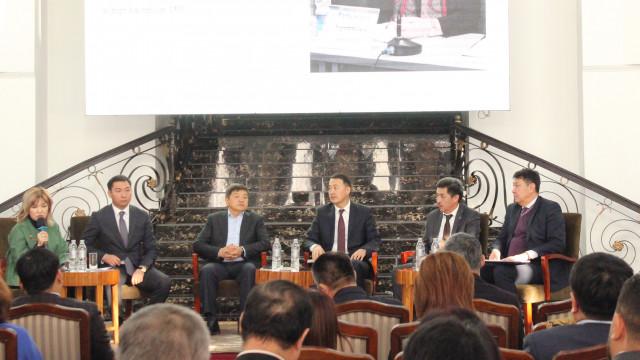 Вице-премьер-министр Замирбек Аскаров: Мамлекеттик жана жеке ресурстардын биригүүсү экономикалык өнүгүүгө карай жасалган туура кадам болуп саналат