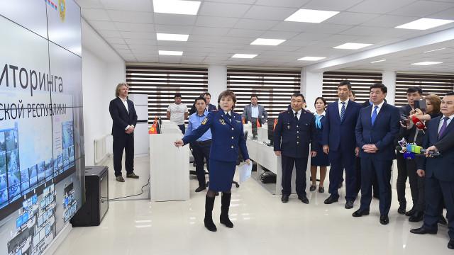 Премьер-министр Мухаммедкалый Абылгазиев«Коопсуз шаар»долбоорунун алкагындагы маалыматтардыпайдаланууну иликтөө жана көзөмөлдү күчөтүүнү тапшырды