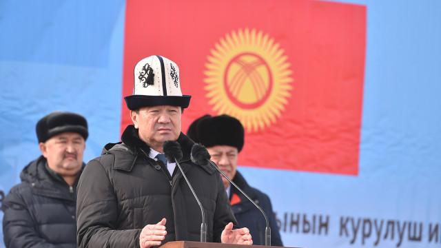 Премьер-министр Мухаммедкалый Абылгазиев: Инвестиция – бул биздин айылдардын жана шаарлардын социалдык инфраструктурасы, жумуш орундар жана салыктар