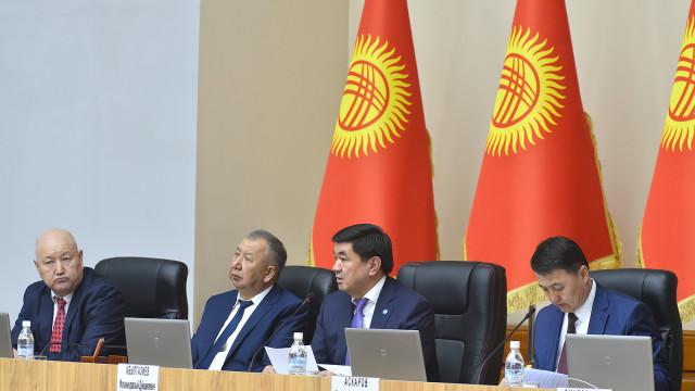 Премьер-министр Мухаммедкалый Абылгазиев: Биз аткезчилик менен күрөшүүнү системалуу деңгээлге чыгарабыз