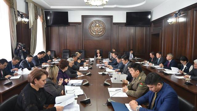 2020-жылдын 1-мартынан тарта Кыргызстандын мамлекеттик чек арасынан ID-карта менен өтүүгө убактылуу тыюу салынат