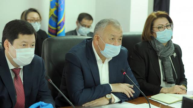 Кубатбек Боронов: В очагах заражения коронавирусной инфекцией усилены все меры безопасности