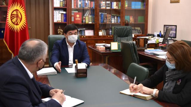 Премьер-министр Мухаммедкалый Абылгазиев: Жарандардын өздөрүнүн коопсуздугу үчүн коменданттык саатты бекем сактоо керек