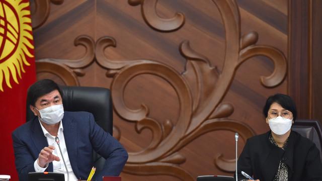Премьер-министр Мухаммедкалый Абылгазиев: Эч ким көңүл буруусуз жана камкордуксуз калбайт – бардык мутаждарды азык-түлүк менен камсыз кылабыз