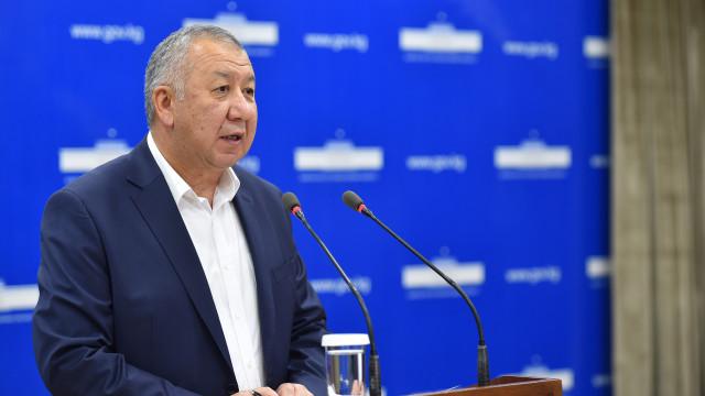Премьер-министр Кубатбек Боронов: Кредит алуу шарттары жөнөкөйлөштүрүлөт
