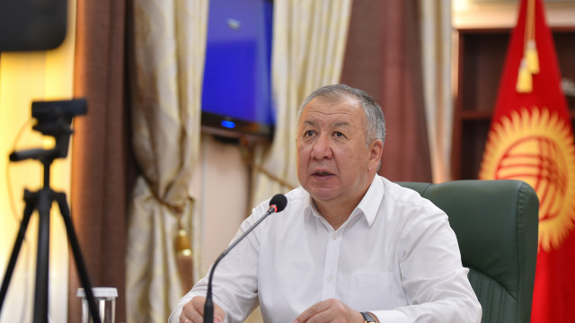 Премьер-министр Кубатбек Боронов парламенттик шайлоого даярдык көрүү боюнча жыйын өткөрдү
