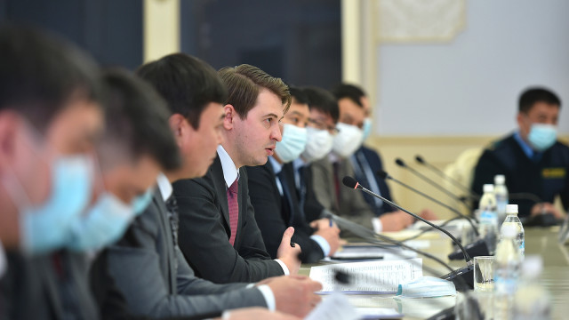 Премьер-министрдин м.а. Артем Новиков: Товарларды ташууда салык жана бажы кызматтарын автоматташтыруу иши аягына чыгарылат
