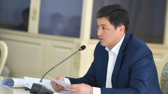 Премьер-министр Улукбек Марипов: Бизнестин жана мамлекеттин биригүүсү бардык тоскоолдуктарды женип чыгууга көмөк берет