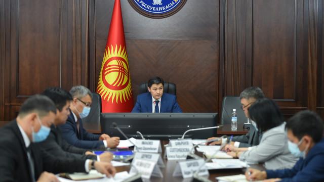 Председатель Кабинета Министров Улукбек Марипов: Наш приоритет – это восстановление разрушенного имущества и документов пострадавших граждан Баткенской области