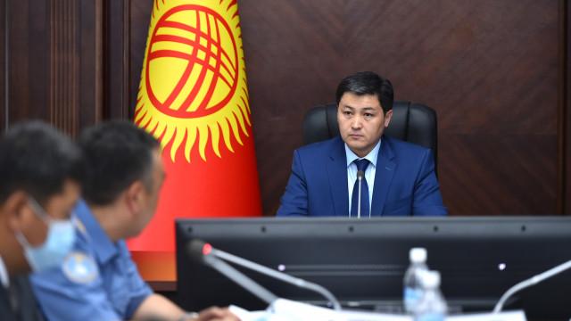 Министрлер Кабинетинин башчысы Улукбек Марипов: Бүтүрүүчүлөрү жол кырсыгына тийиштиги болгон автомектептердин жоопкерчилиги каралышы тийиш