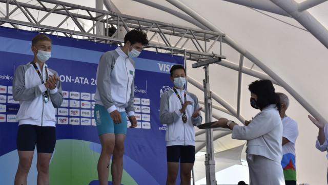 Жылдыз Бакашова триатлон боюнча Азия Чемпионатынын катышуучу-спортчуларын колдоду