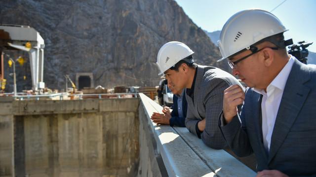 Министрлер Кабинетинин башчысы Улукбек Марипов: ГЭСтеги бардык оңдоо иштери белгиленген мөөнөттө бүткөрүлүшү тийиш